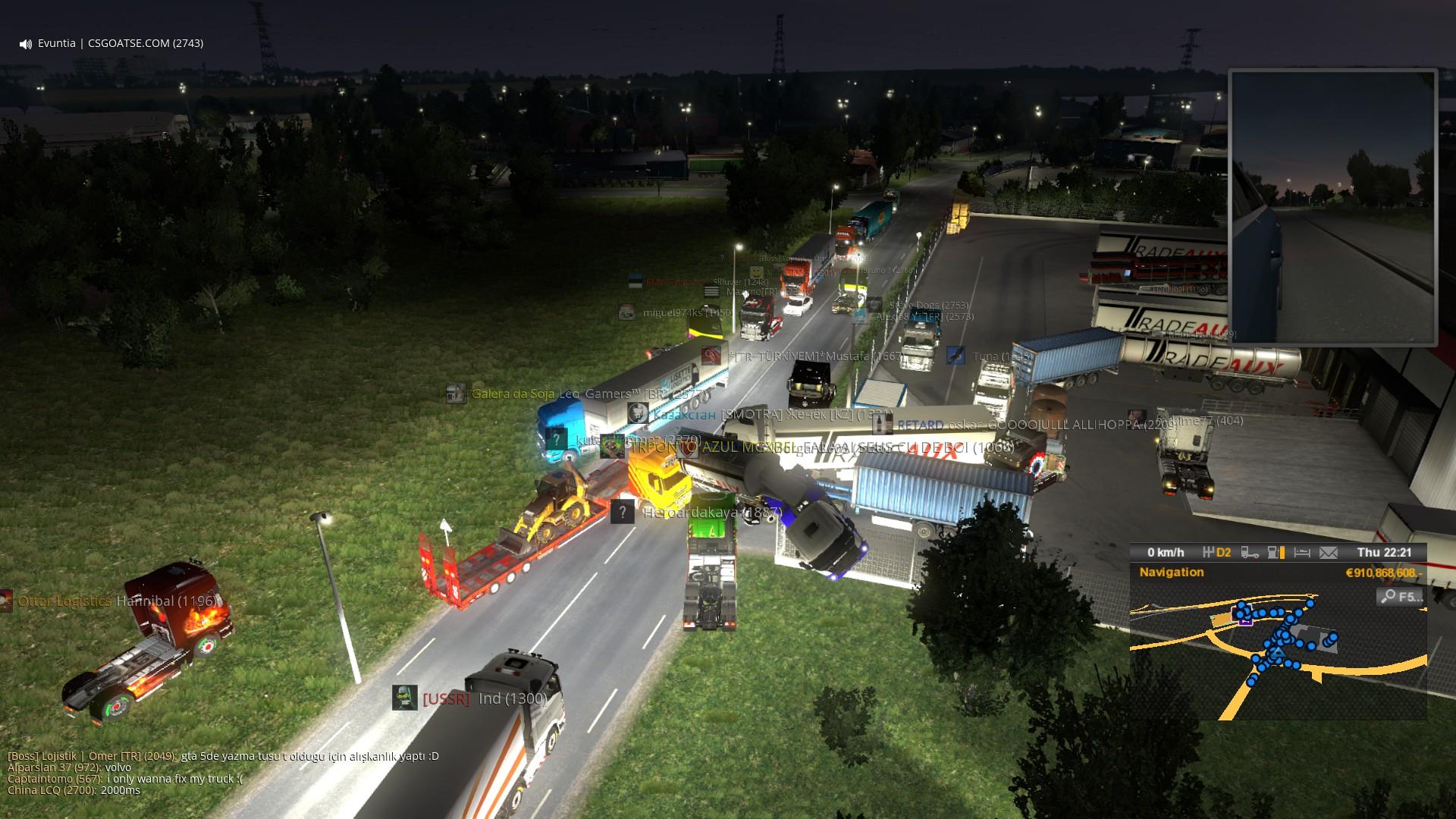 Zahlreiche LKW bei einem schweren Unfall