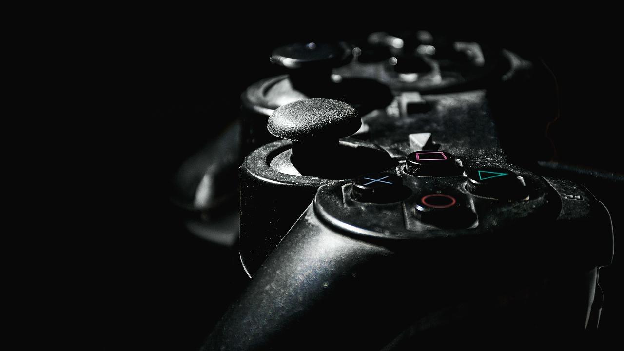 Controller einer PlayStation 2